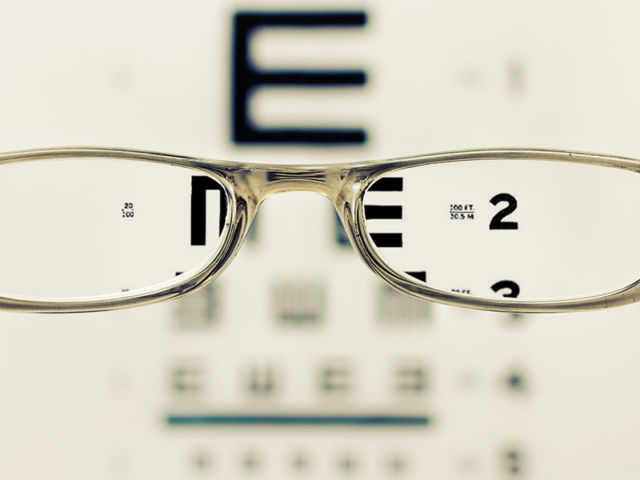 Dr's Slazus Ophthalmologists | How the eye changes with age